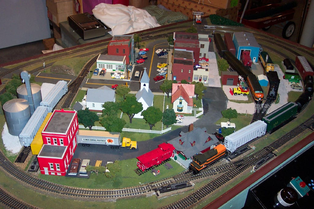 4'x8' HO Train Layouts