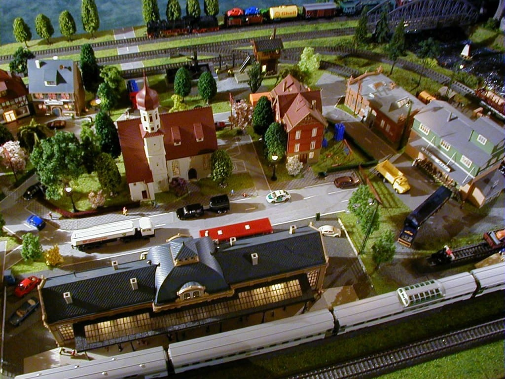 4X8 Marklin HO Scale Layout Model Train Image 3