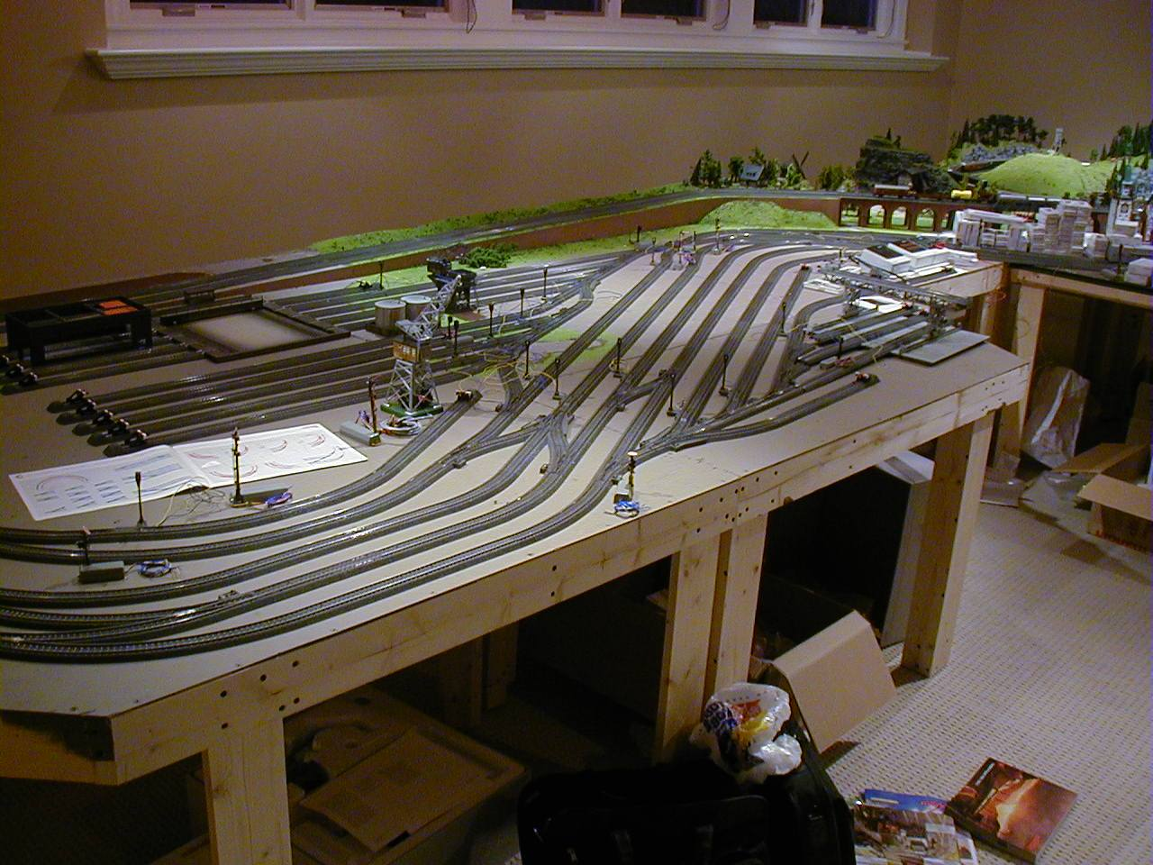 Wood ho model train table plans pdf plans - Ho scale layouts for small spaces concept ...