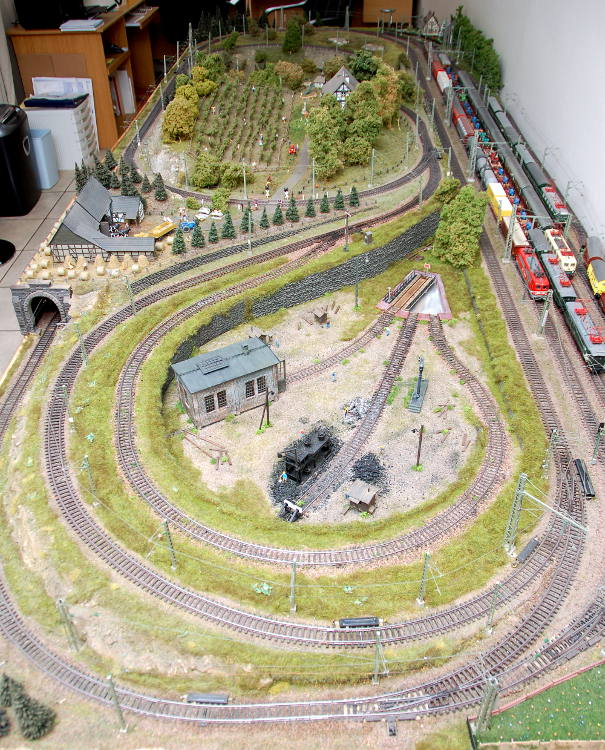 Marklin Model Train H0 scale layout Image 16