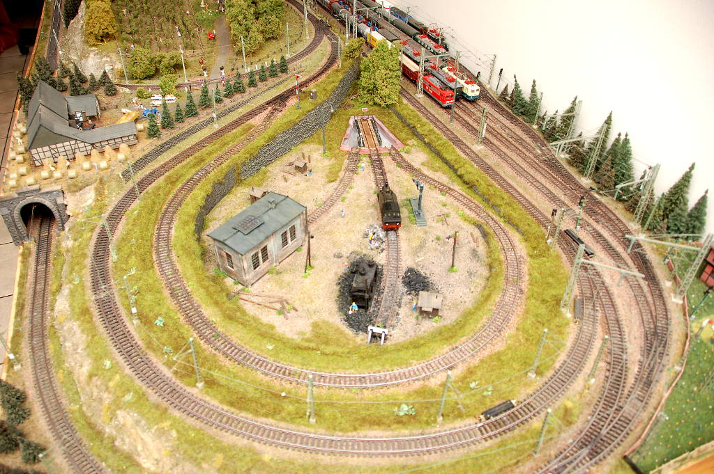Marklin Model Train H0 scale layout Image 9