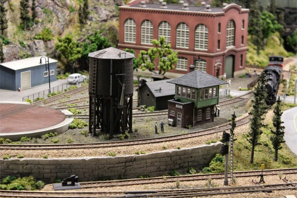 ho scale with water tower