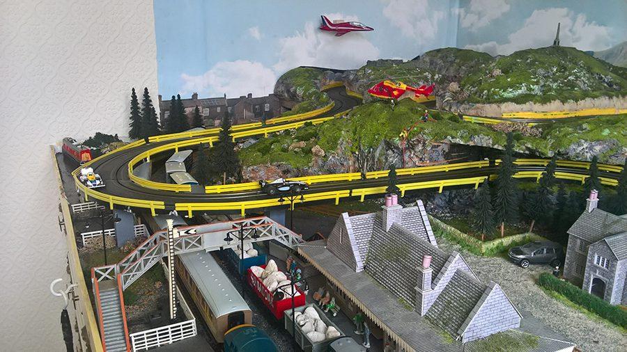 8x8 ho scale train layout